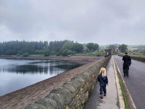 Langsett-Reservoir-walk